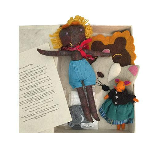 The Lion and The Mouse Story and Puppets (Aesop's Fable)